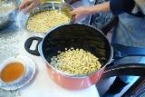 2.大豆を圧力鍋で煮る